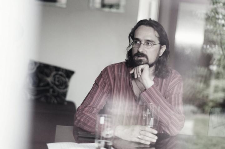 Tibor Eliot Rostas